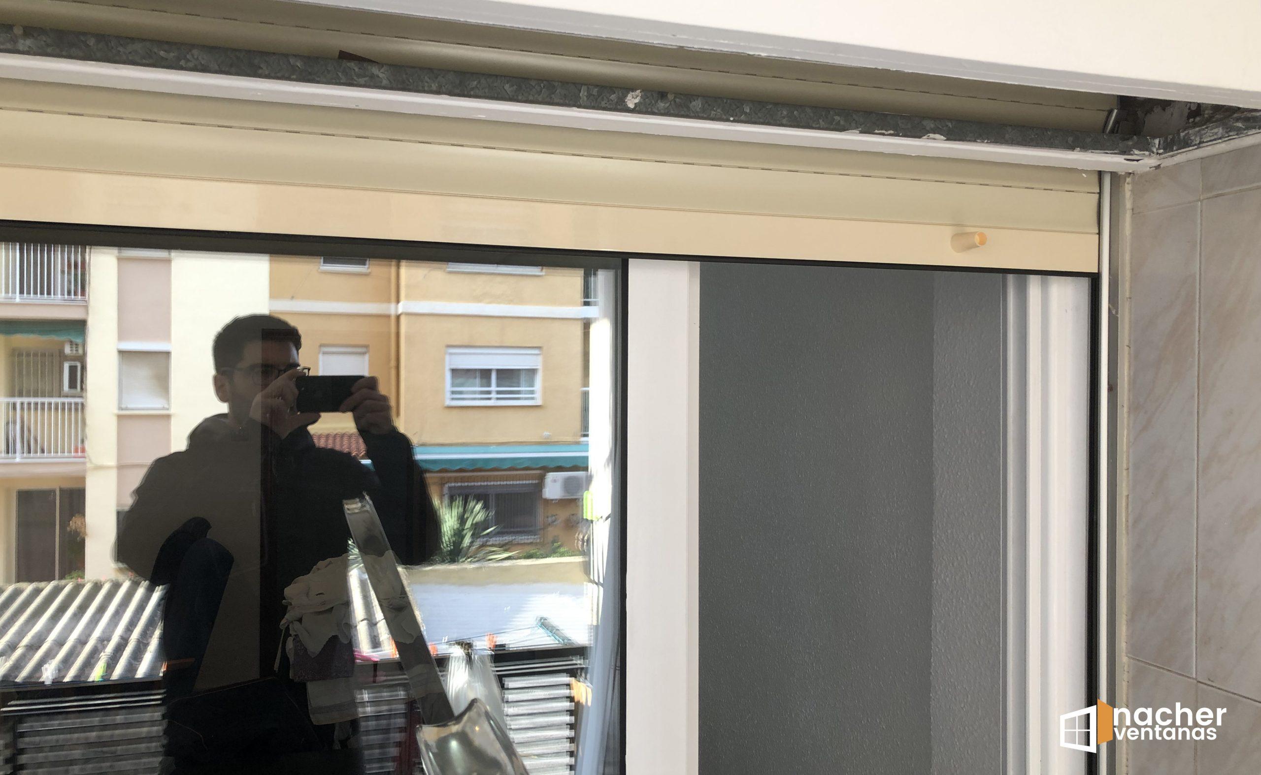 Cambio de persiana ventana Valencia