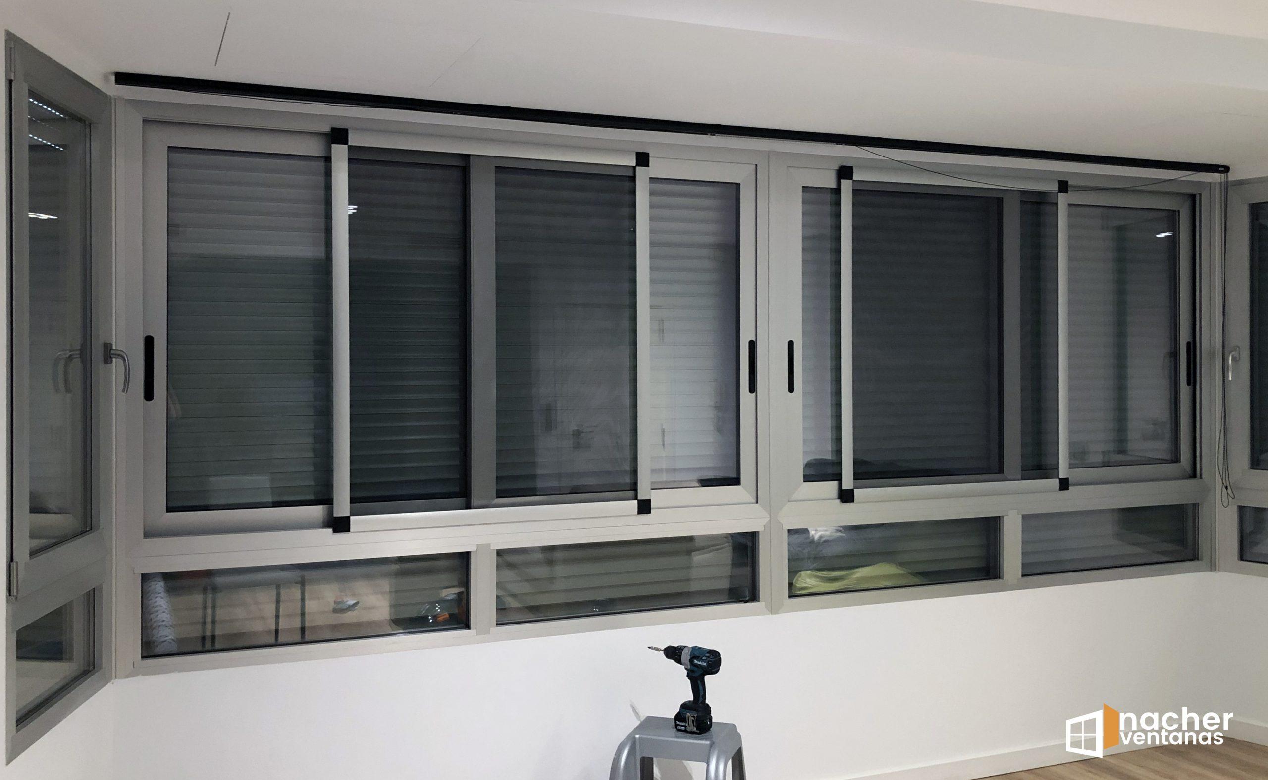 cortina vertical instalación valencia