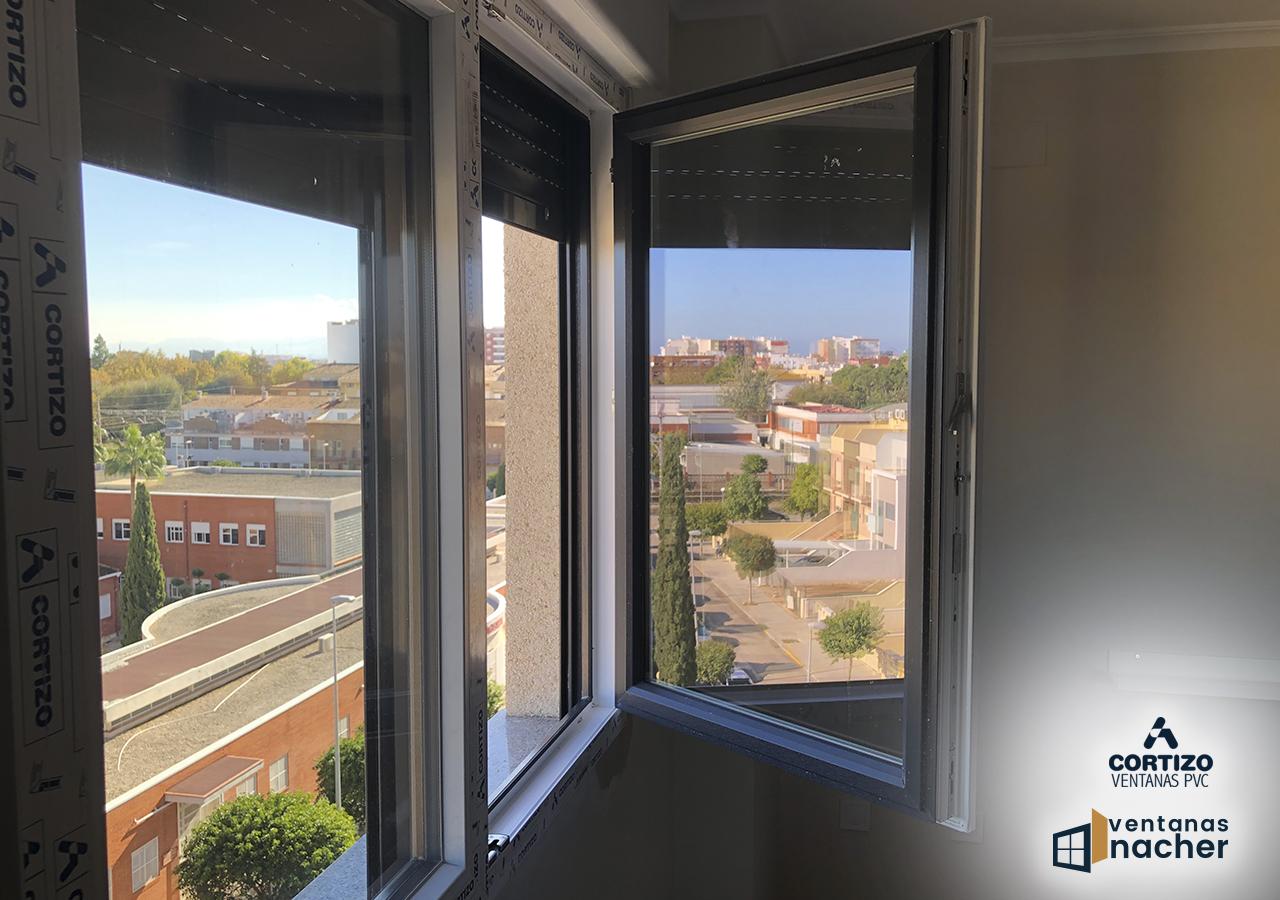 ventana batiente pvc cortizo