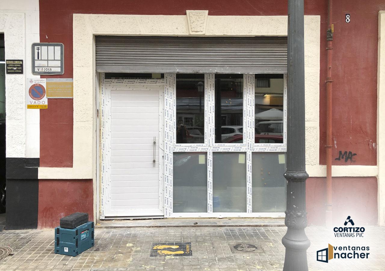 Ventanas y puertas acceso apartamento